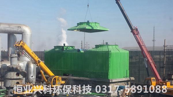 1500吨冷却塔安装现场