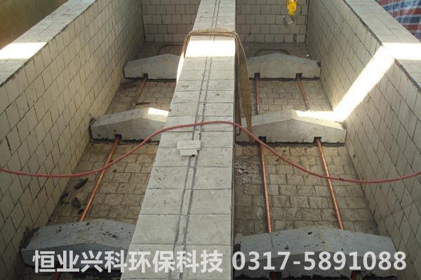 内部瓷砖防腐和加热管